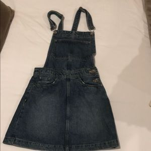 H&M skirt overalls. Size 4 NWT.